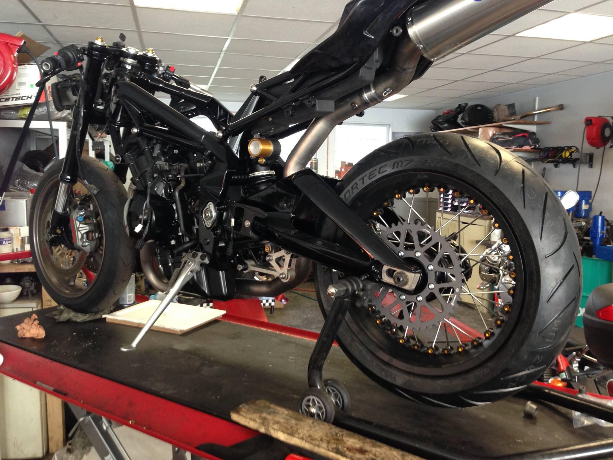 reparation de moto - panda 2 roues